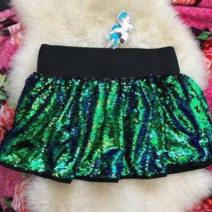 Iheartraves sequence iridescent green skirt NWT